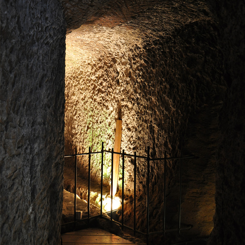 the Etruscan passage