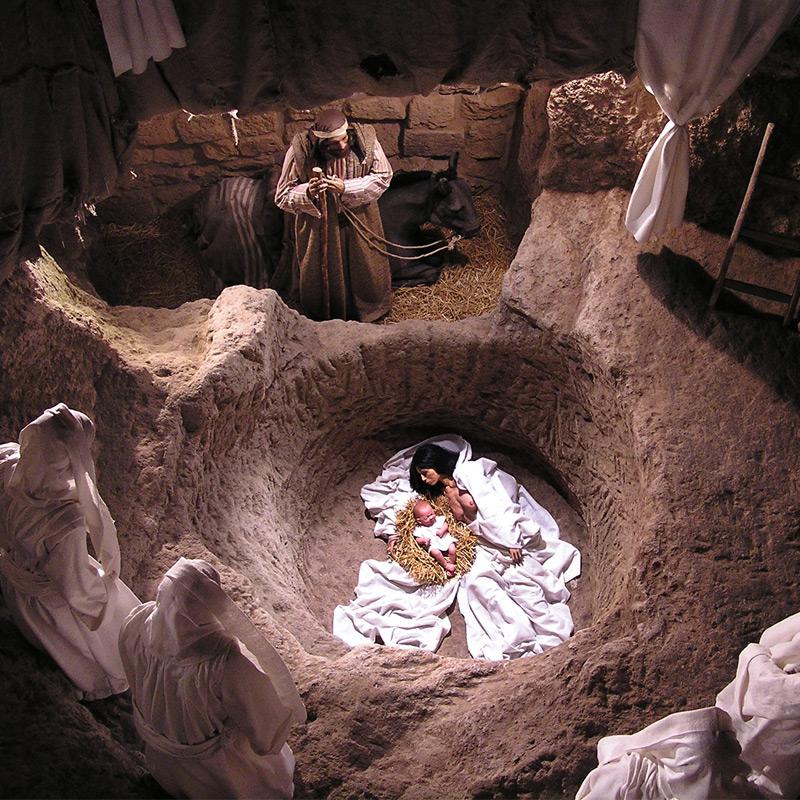 la Nascita nella grotta essena